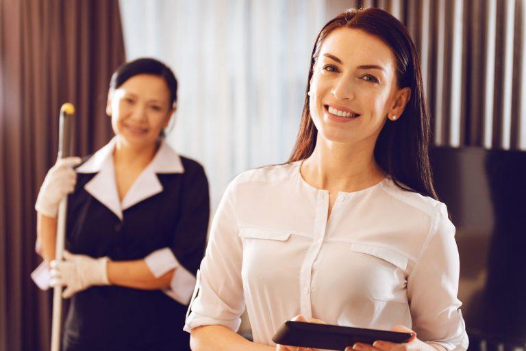 housekeeping cohosting